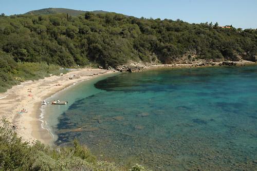 Isola d 39 elba appartamenti le querce a capoliveri for Costo dell ascensore della casa sulla spiaggia